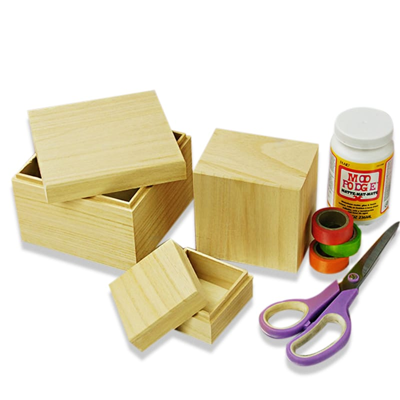 Square Cap Top Box Wood Set