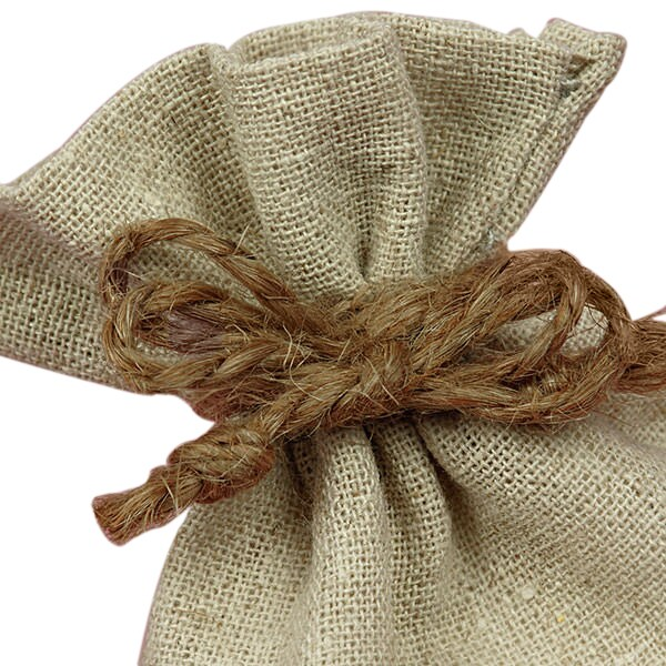 0992860-linen-bag-closeup.jpg