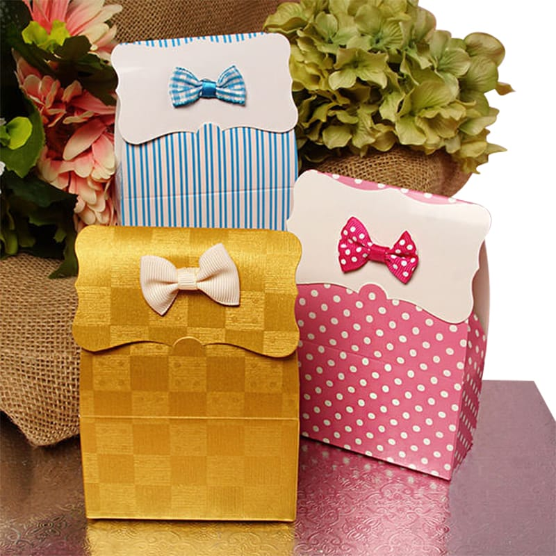 Tab Top Checkered Favor Boxes