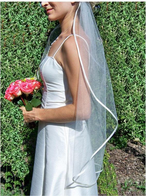 ribbon-edge on tulle for bridal veils